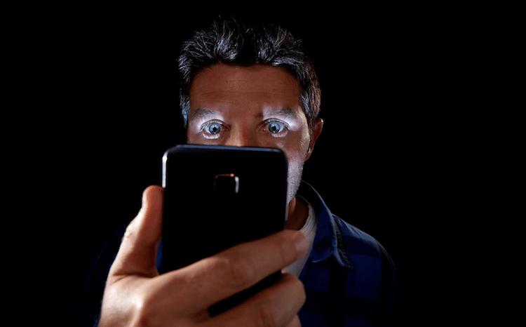 Какую опасность таят в себе наши смартфоны