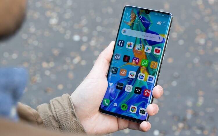 Huawei объявила, когда выпустит Android Q для своих смартфонов