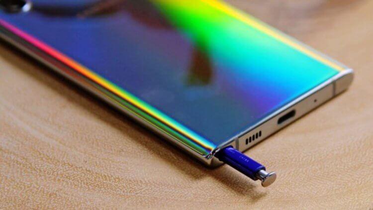 Сравнение Galaxy Note 10 и Galaxy S10
