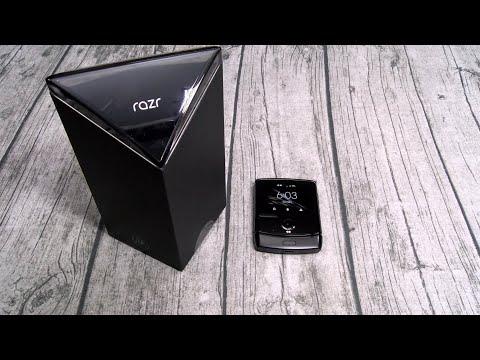 Что думают блогеры о новом складном Motorola Razr? Самое интересное из обзоров в Сети